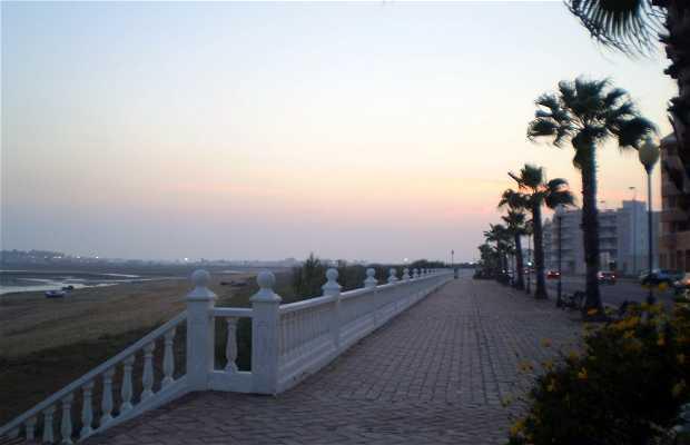 Lungomare del Cantil sull'Isola Cristina