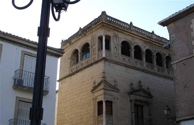 Plaza de los Caidos a Ubeda in Spagna