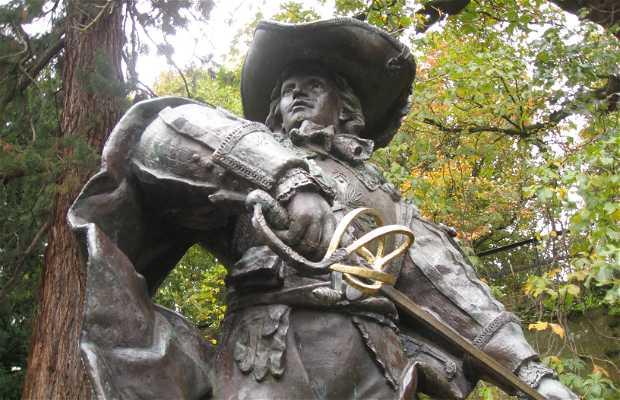 Statue de d'Artagnan