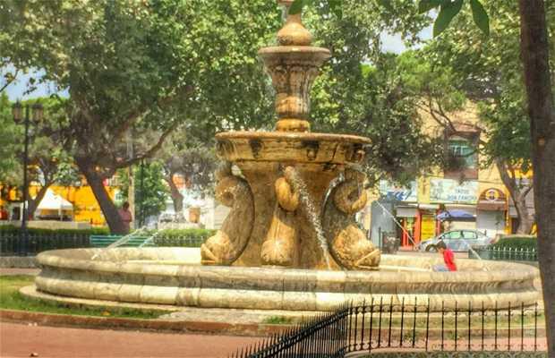 Plaza la Purísima, Monterrey en Monterrey: 1 opiniones y 4 fotos
