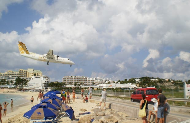 Aterrizajes en Maho Beach