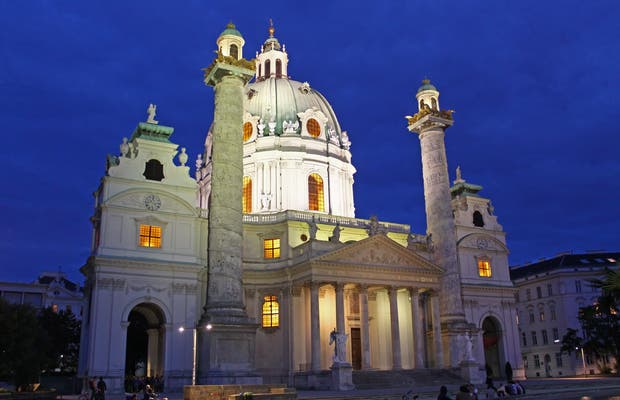 Karlskirche (St. Charles' Church)