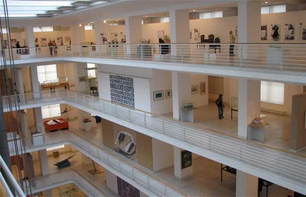 Palacio Veletržní - Museo de Arte Contemporáneo