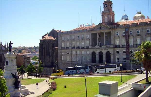 Plaça do Infante Dom Enrique