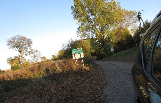 Path to Święta Lipka
