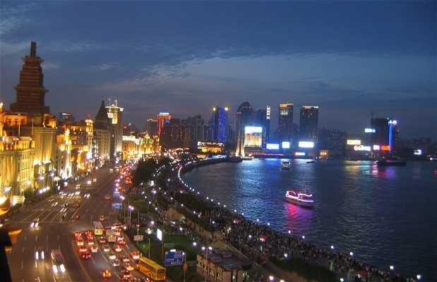 Shangai by night