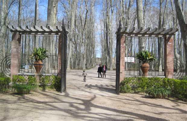 Plaza de la Pétanque (of Les Botxes)