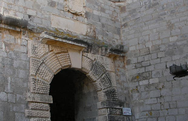 Portal Fosc ou porte de Philippe II
