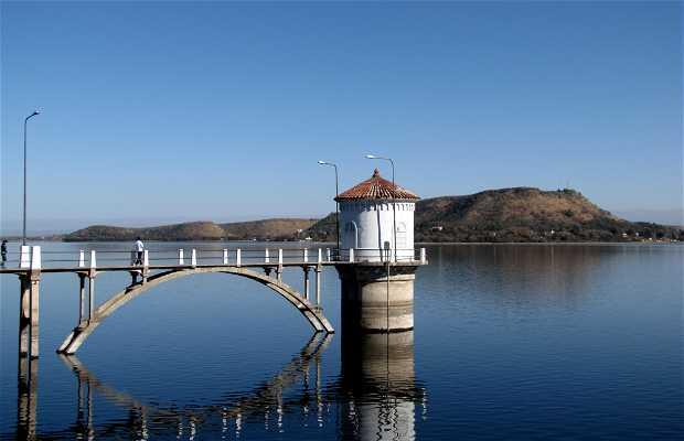 Los Molinos Lake