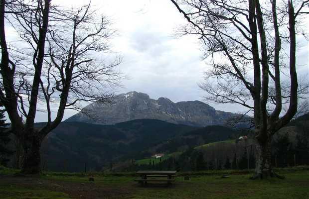 Campa y ermita de Asentzio