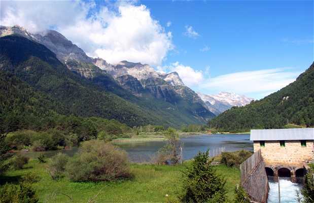 Randonnée du réservoir de Pineta à Tella après le PR-HU-137