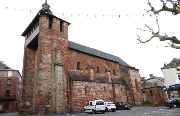 Iglesia de Meyssac
