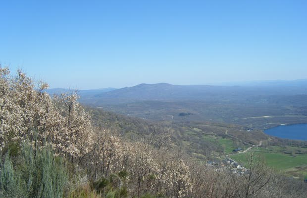 Los Ojos Springs and Viewpoint