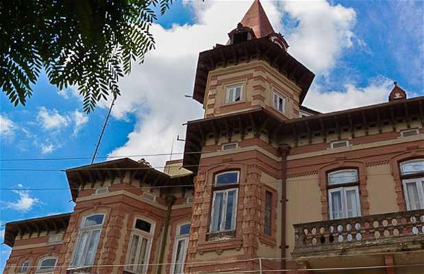 Palacete Bibi Costa - Castelinho