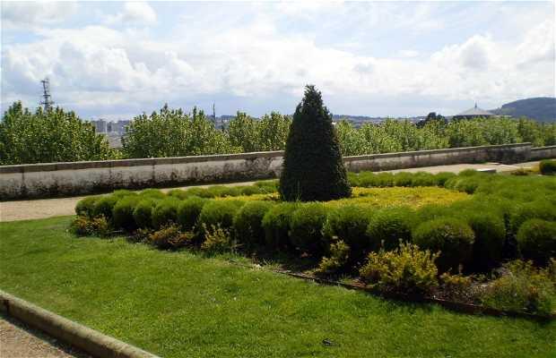 Jardines de San Francisco - Obelisco de Churruca