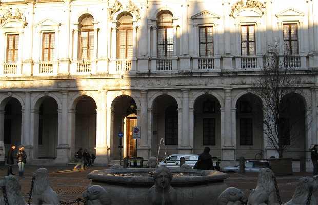 Praça Vecchia