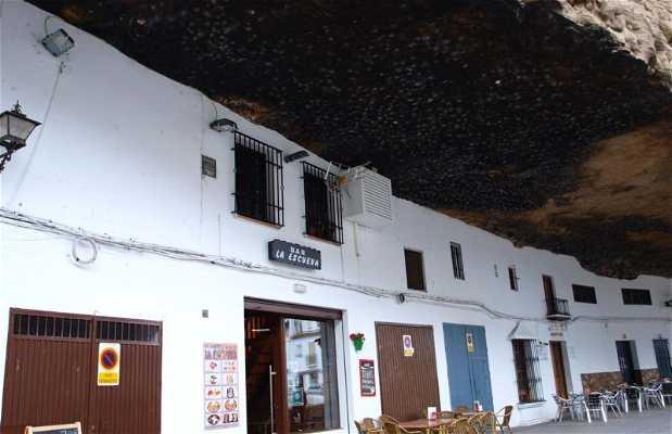 Bar-Restaurante La Escueva
