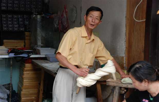 Craftsmen noodle shop