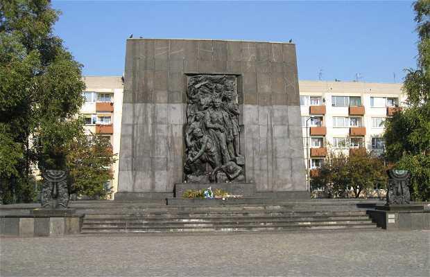 Monumento a los Heroes del Gueto
