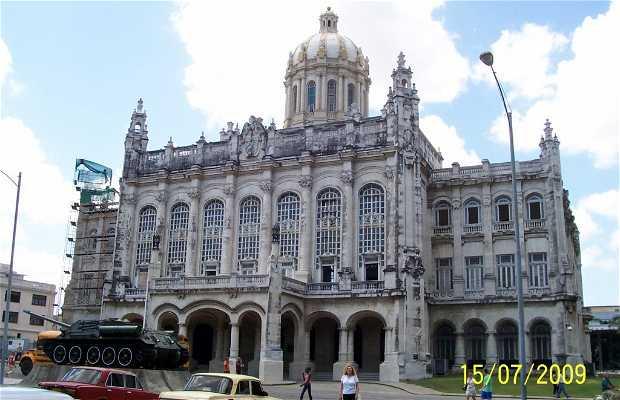 Antiguo Palacio Presidencial - Museo de la Revolución