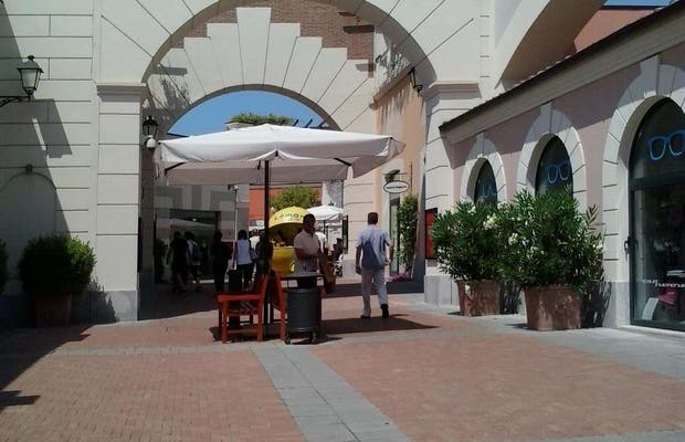 Castel Romano Designer Outlet