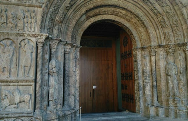Pórtico de Santa María de Ripoll