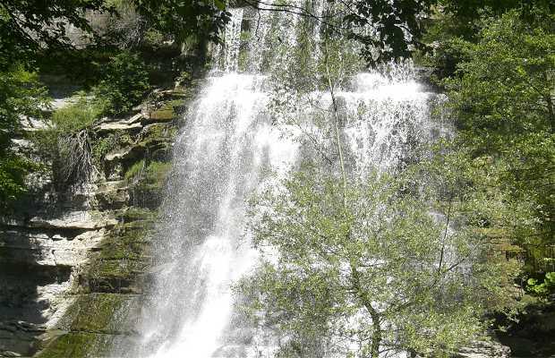 Cascada de Alfero