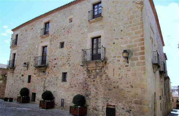 Casa de Lorenzo de Ulloa