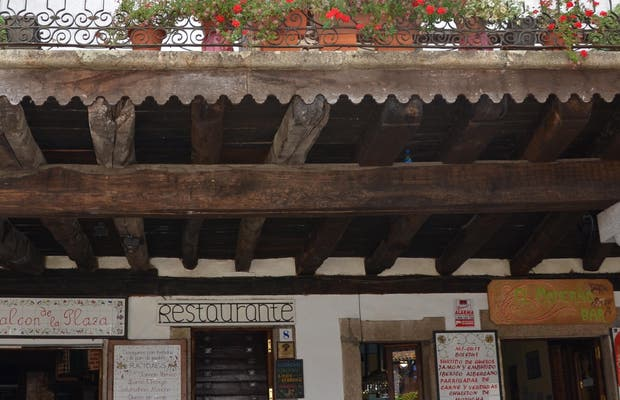 """Restaurante """"El Balcón de la Plaza"""""""