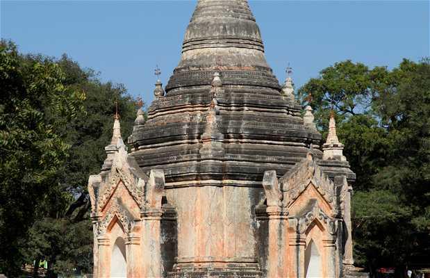 Parvis du Temple d'Ananda