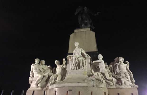 Monumento a Eva Perón