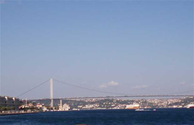 Puente De Ataturk