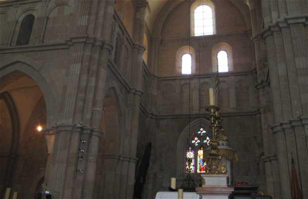 Notre Dame de Beaune College
