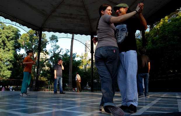 Tango en la Glorieta de Belgrano