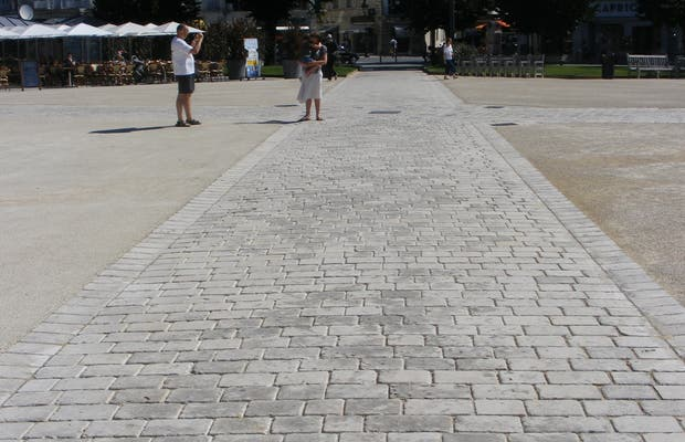 La Piazza Colbert a Rochefort