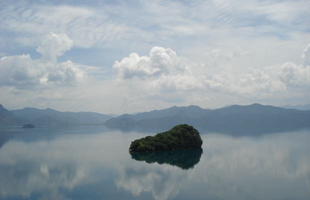 Lake Lukuhu