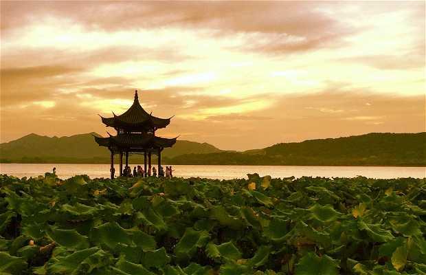 Lago dell'ovest (Xi Hu)