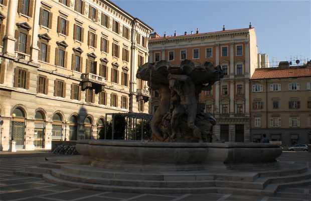 Praça Vittorio Veneto