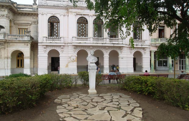 Monumento Leoncio Vidal