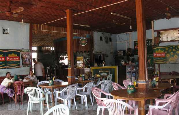 Restaurant Thauk Kyar Kyi - Lac Inle