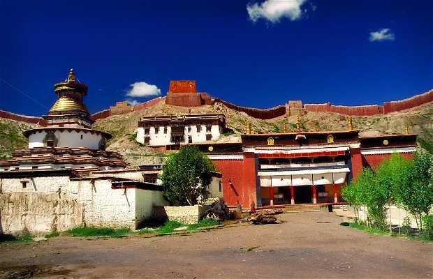 Monasterio Palcho , Monasterio Pelkor Chode o Shekar Gyantse