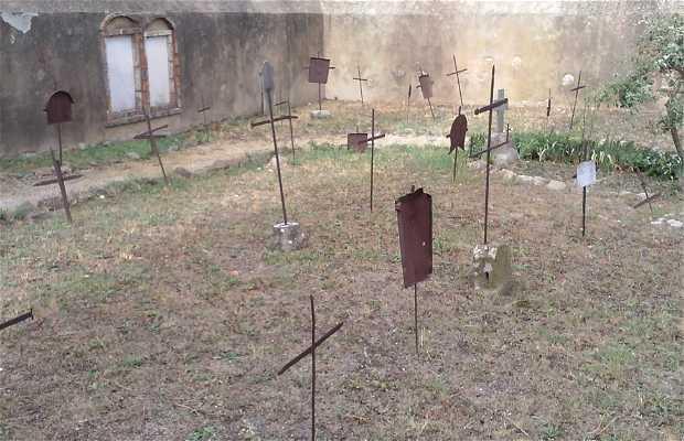 Cimitero di Nonna Lucia