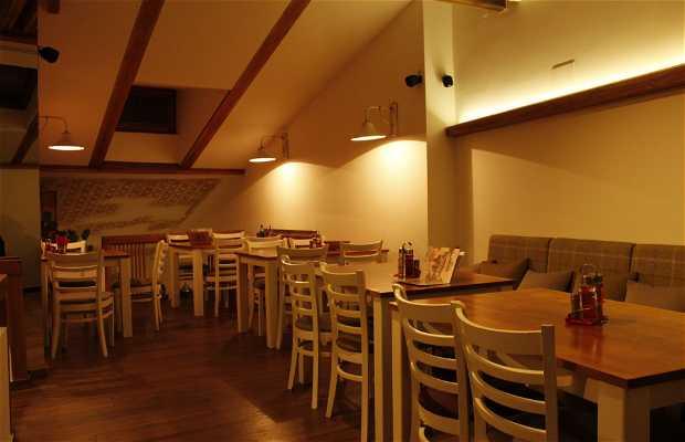 Restaurante Staklo