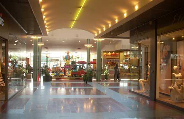 Centro Comercial Espace Anjou, Angers, Francia
