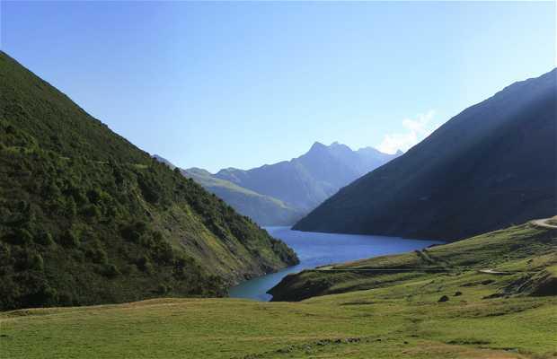 Le lac de Grand Maison