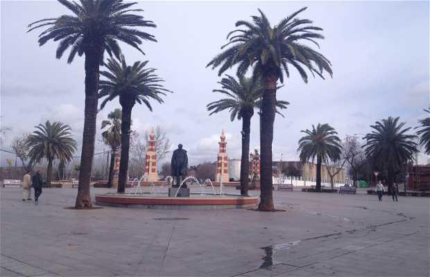 Linarejos Avenue