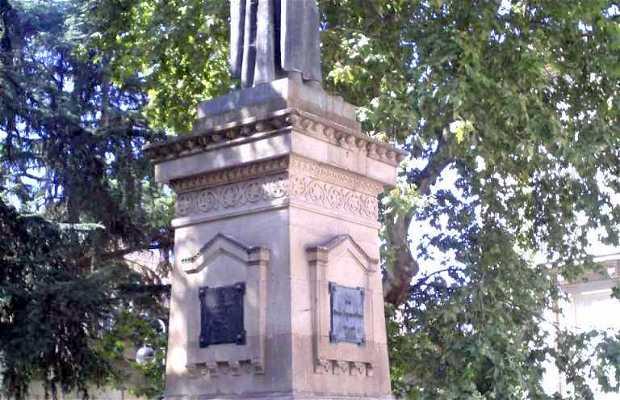 Plaza Padre Feijoo - Monumento a Gregorio Marañón
