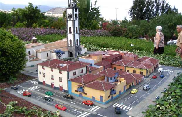 PuebloChico (Cerrado)