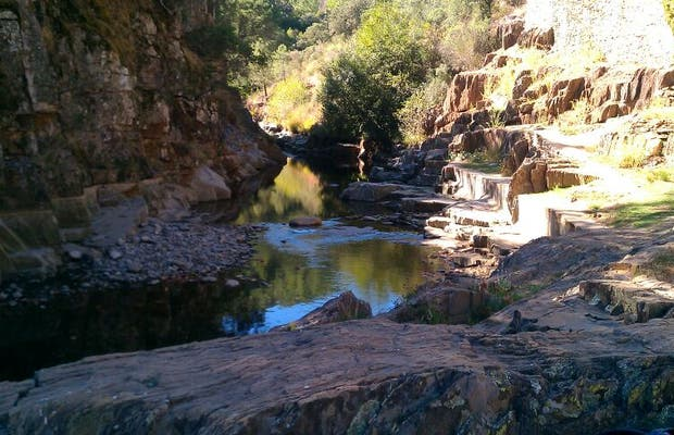 Piscinas naturales en riomalo de abajo 1 opiniones y 4 fotos for Piscinas naturales salamanca