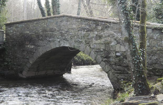 Bridges over the River Baxoi and Lambre